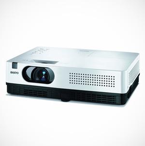 Nowe projektory Sanyo PLC-XW200 i PLC-XW250