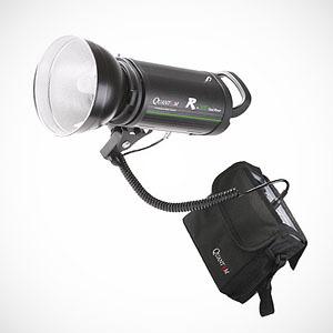 W plener - lampy błyskowe Quantuum R+ Dual Power z batterypackiem DC300