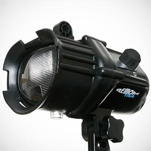 Podwodna lampa błyskowa - Fantasea Remora